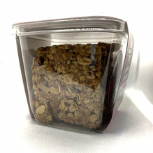Load image into Gallery viewer, GranolaChik CINNAMON RAISIN 10oz Container
