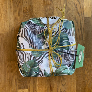 Load image into Gallery viewer, Candied Chestnut Panettone - Zebra Design - 1kg