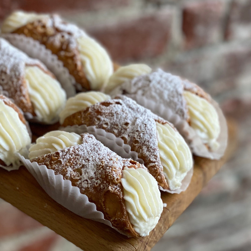 Load image into Gallery viewer, Ricotta Cannoli