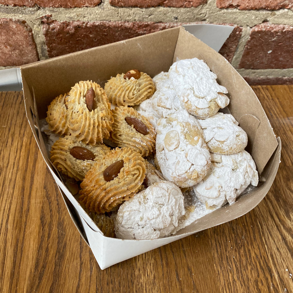 Load image into Gallery viewer, Vegan Amaretti Cookies - Assorted - Box Of 20