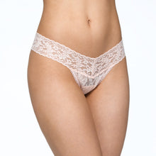 Load image into Gallery viewer, Hanky Panky Signature Lace Low Rise Thong
