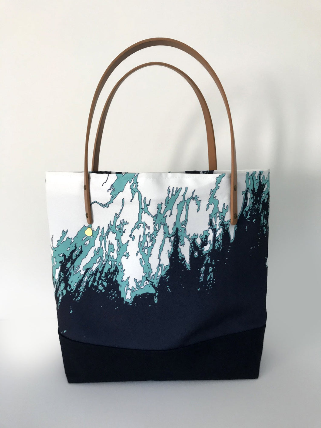 NEW Maine Coast Everyday Bag