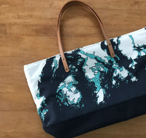 NEW Oversized Maine Coast Everyday Bag with Zipper