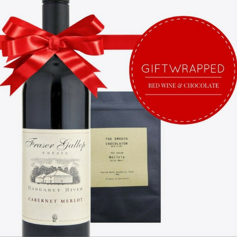This premium red wine & chocolate gift pack is the perfect gift for friends & colleagues this holiday season. Order now for same day delivery from Pop Up Wine.