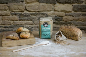 Matthews Cotswold Eight Grain Flour 1.5kg