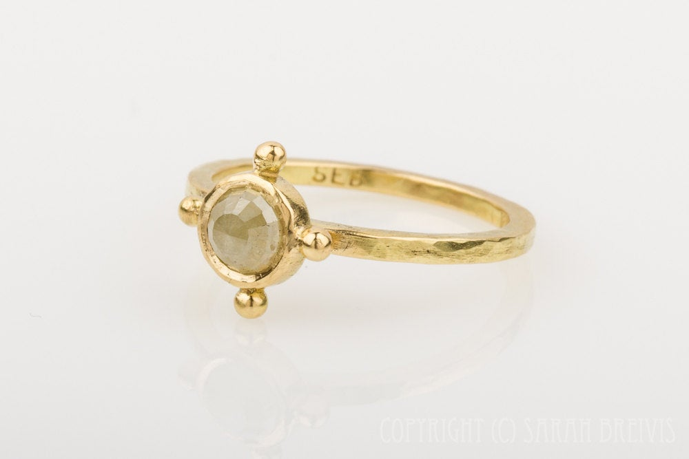 Rose Cut Diamond Ring in 18K Gold