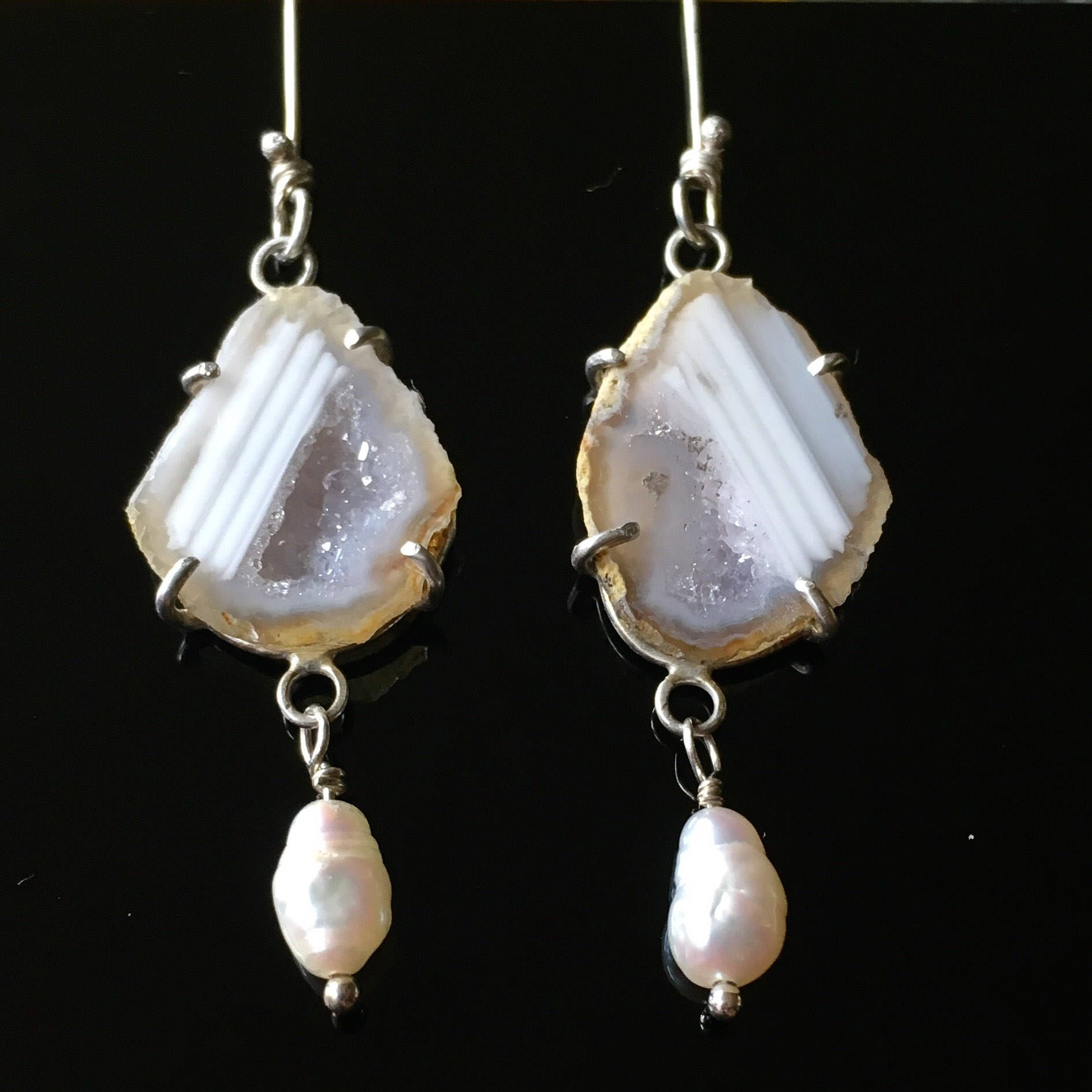 White Geodes with Pearls