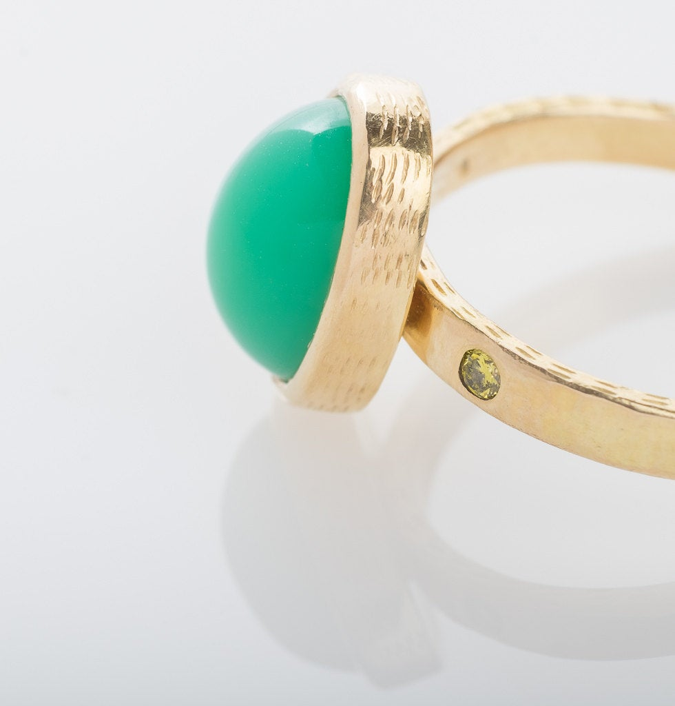 18K Gold Chrysoprase and Yellow Diamond Ring