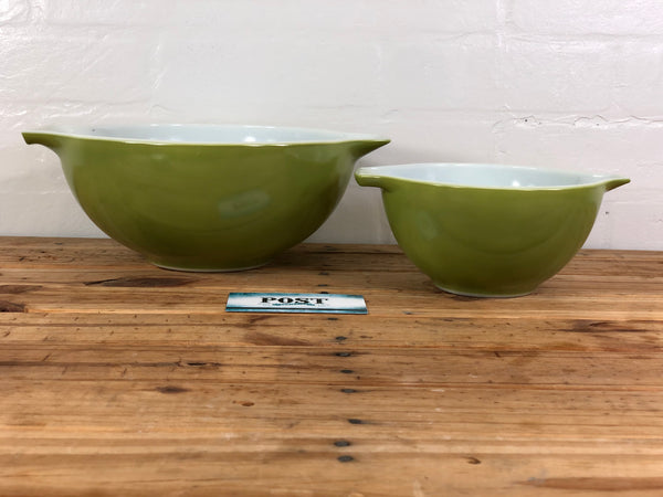 Pyrex Green Mixing Bowl Set