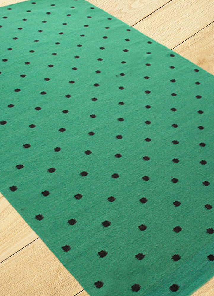 NEW Spotty Rug - Emerald Green/Black