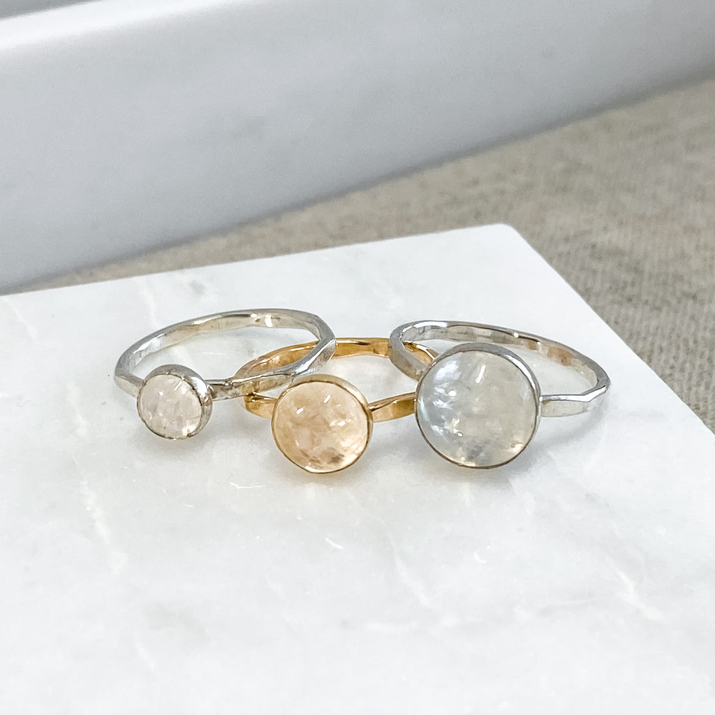 8mm Rainbow Moonstone Ring