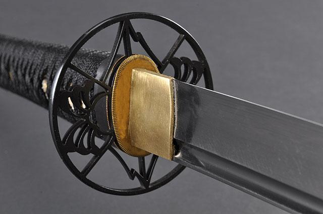 FULLY HAND FORGED BLACK MOTHER OF PEARL PLUM BLOSSOM SAMURAI KATANA SWORD - buyblade