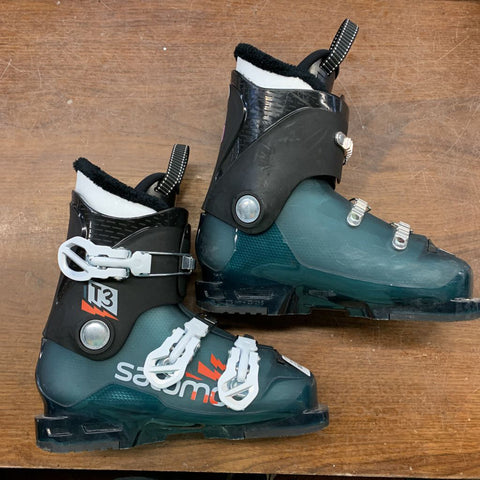 23.5 Salomon T3 Junior Ski Boots