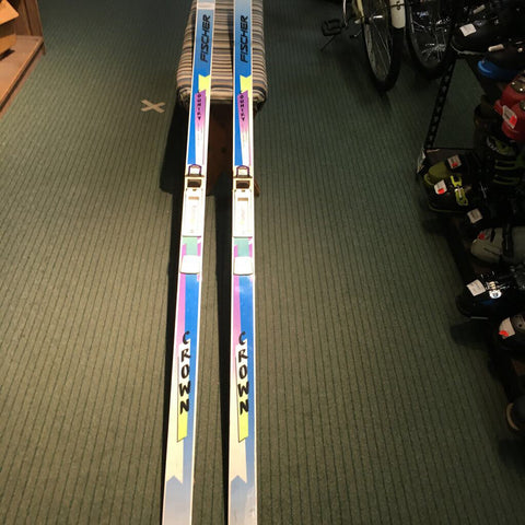 195cm Fischer Country Crown XC Skis w/ NNN BC Bindings