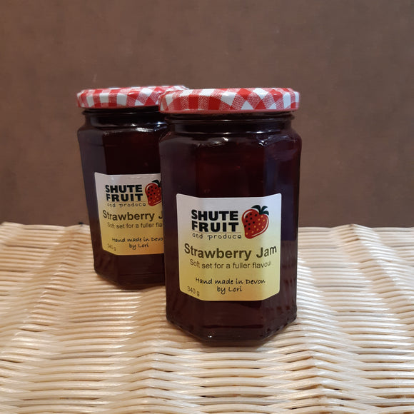 Strawberry Jam Shute Fruit 227g