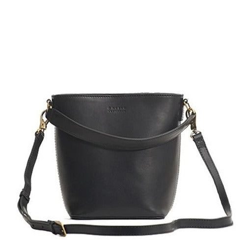 BOBBI BUCKET BAG