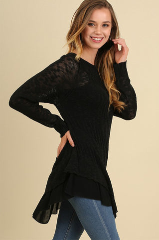 Tiered Light Sweater in Black