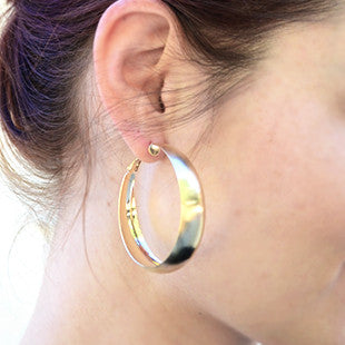 Medium Wide Hoop Earrings - Gold Tone