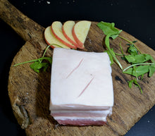 Load image into Gallery viewer, Square Cut Scored Belly Pork (225g)