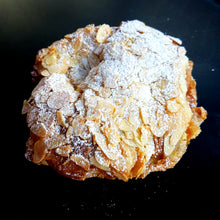 Load image into Gallery viewer, Croissant Almond 160g (Box of 4)