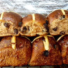 Load image into Gallery viewer, Hot Cross Buns Traditional Double Pack (12 x Buns)