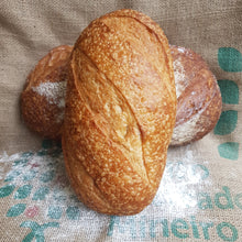 Load image into Gallery viewer, White Traditional Sourdough 780g