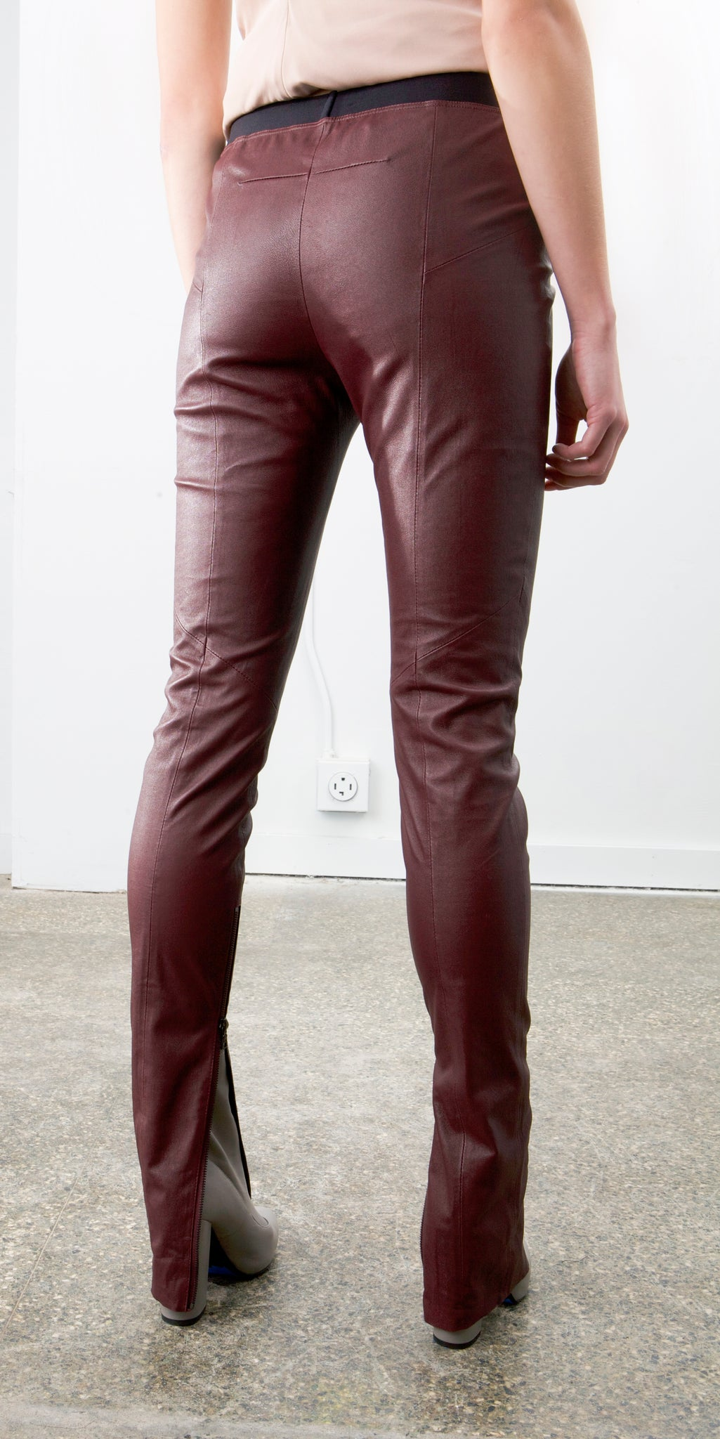Zip Stretch Leather Leggings