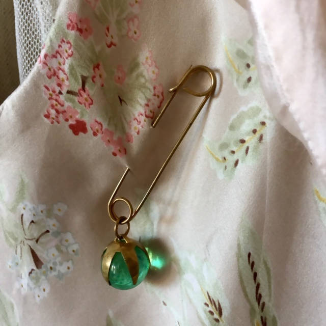 Unique Vintage Pin in Green Glass