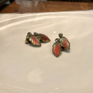 3 pieces of Vintage jewelry