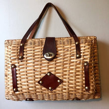 Load image into Gallery viewer, 1960's Wicker/Resin Handbag