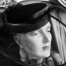 Load image into Gallery viewer, Black Birdcage Veiled Hat