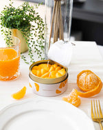 Charger l'image dans la galerie, Bougie Peeled Tangerines Candle Can mise en situation