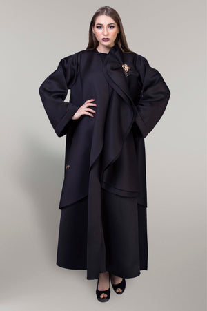 BLACK DOUBLE LAYERED FOAM FABRIC SOALON ABAYA.