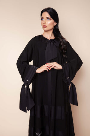 BLACK BIB BOW-TIE OPEN SOALON ABAYA.