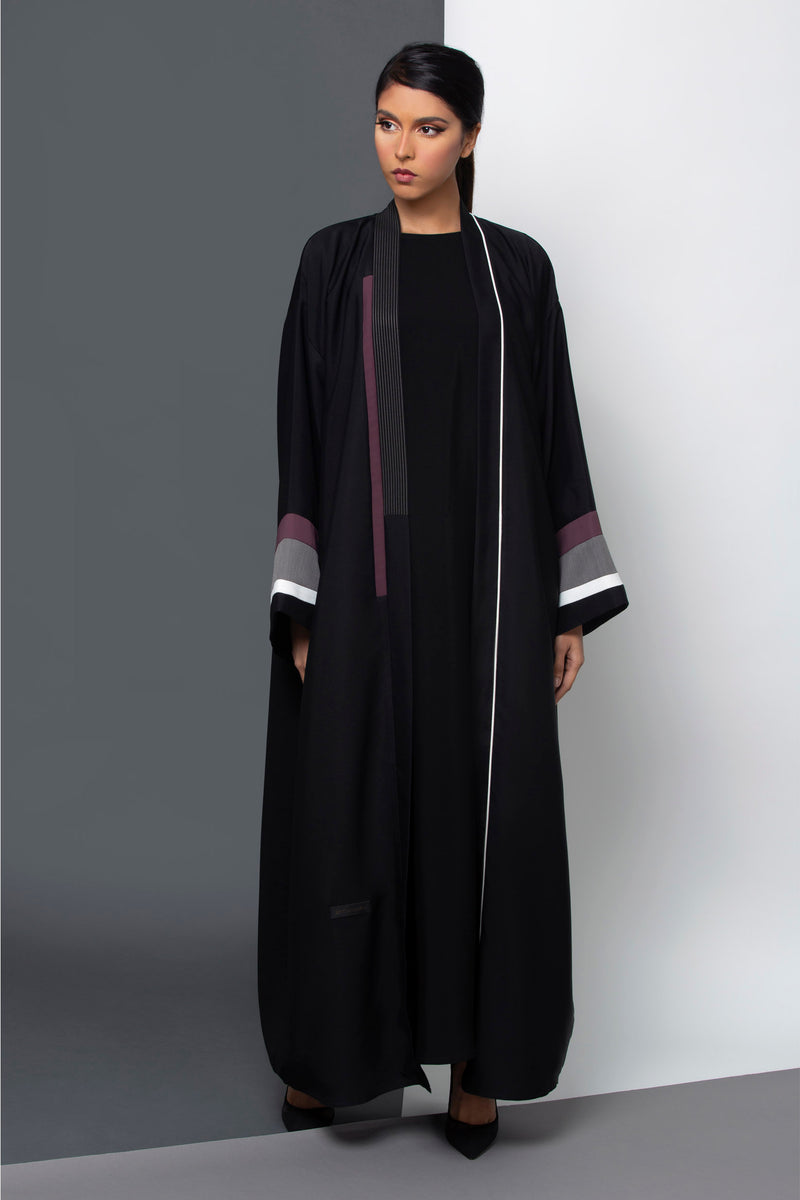 BLACK LINEN PATTERN SLEEVE OPEN ABAYA.