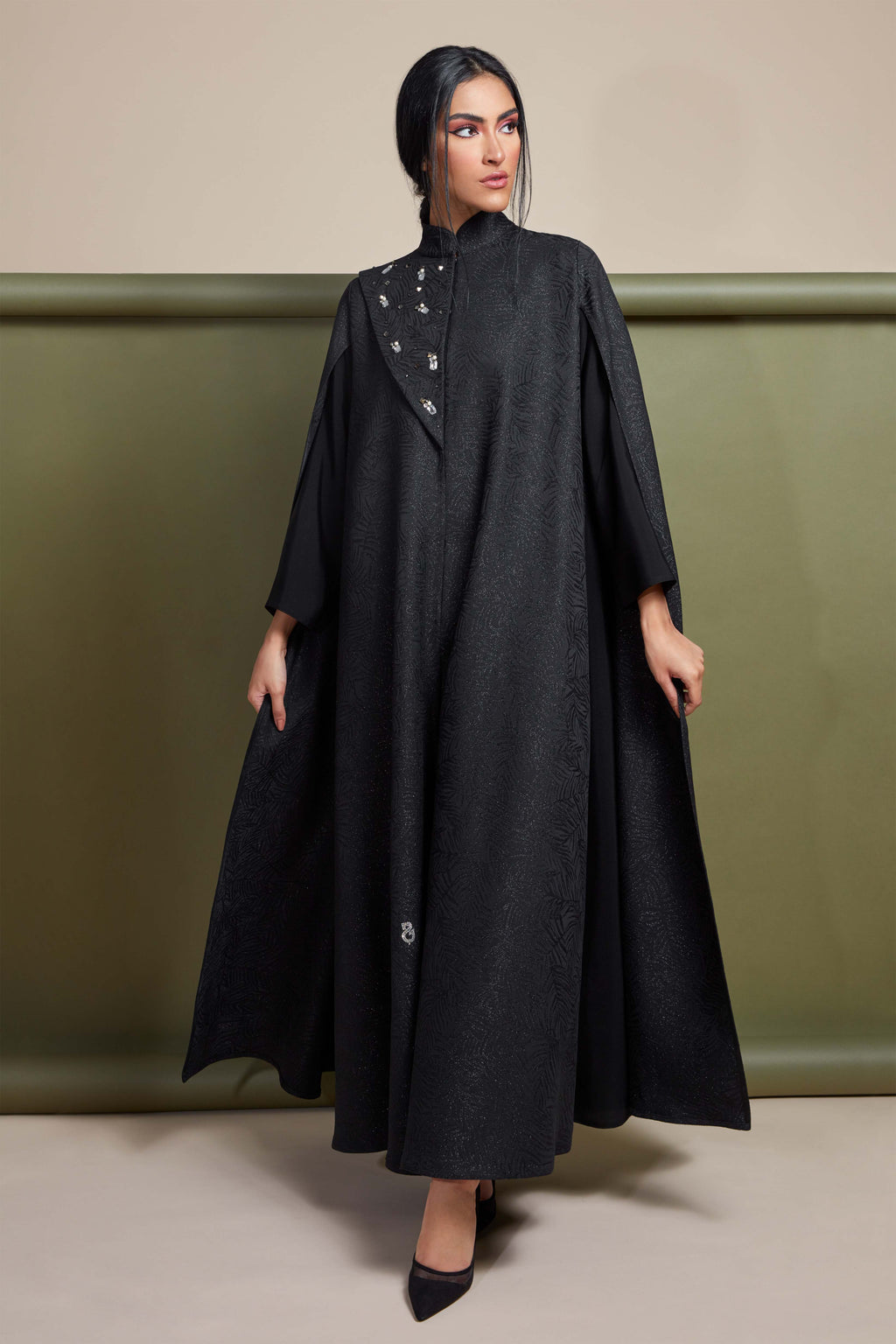 BLACK FRENCH JACQUARD CRYSTALIZED ABAYA.