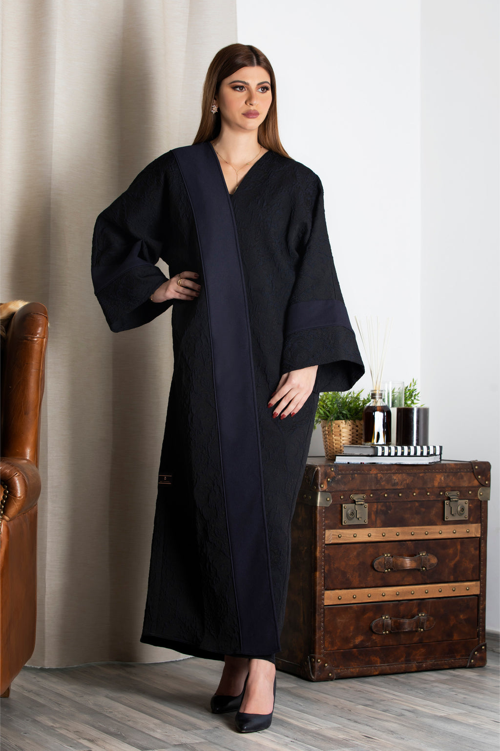 NAVY BLUE FRENCH JACQUARD BISHT OPEN ABAYA.