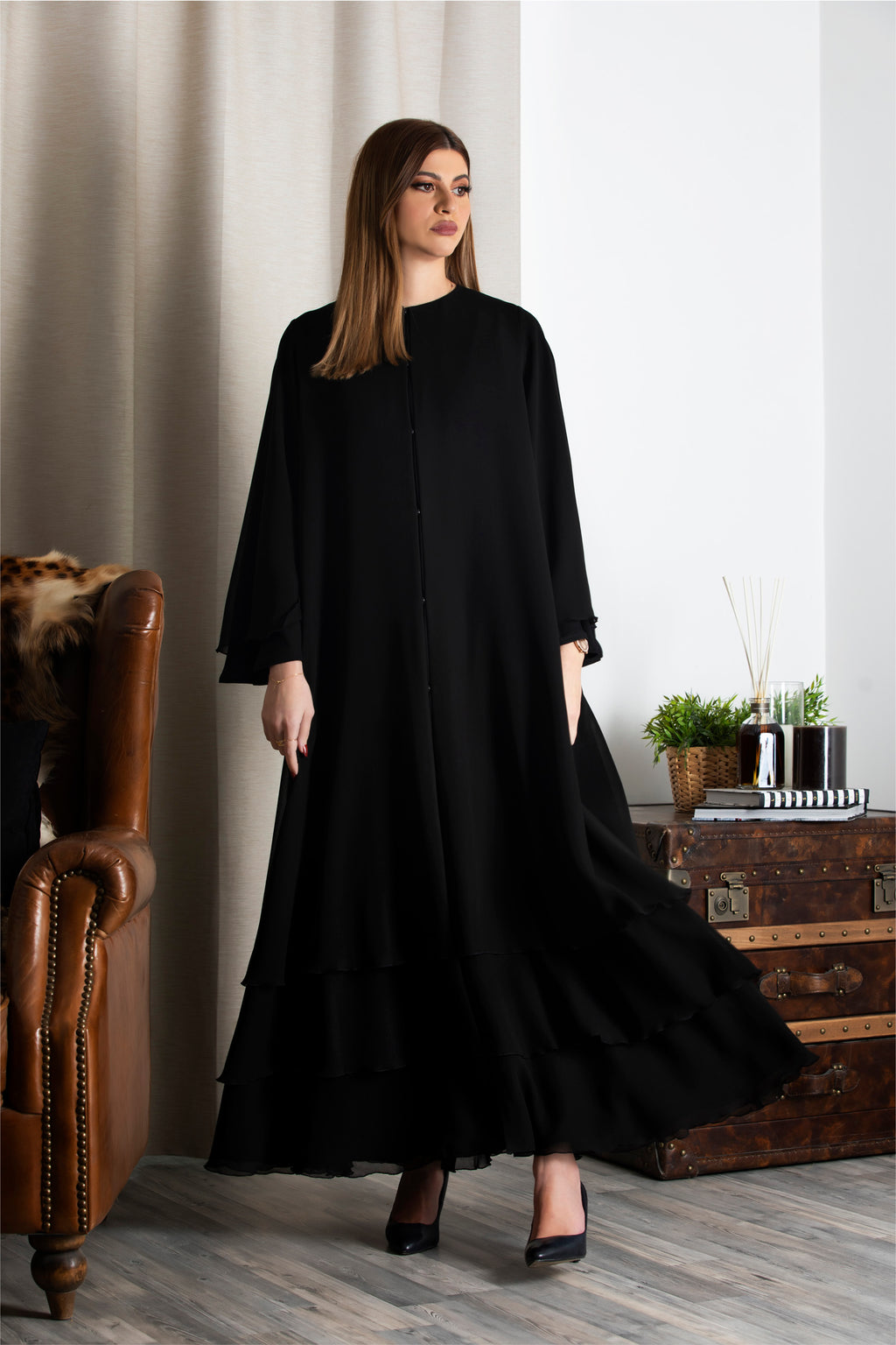 BLACK MULTI LAYERED NETTED SOALAN ABAYA.