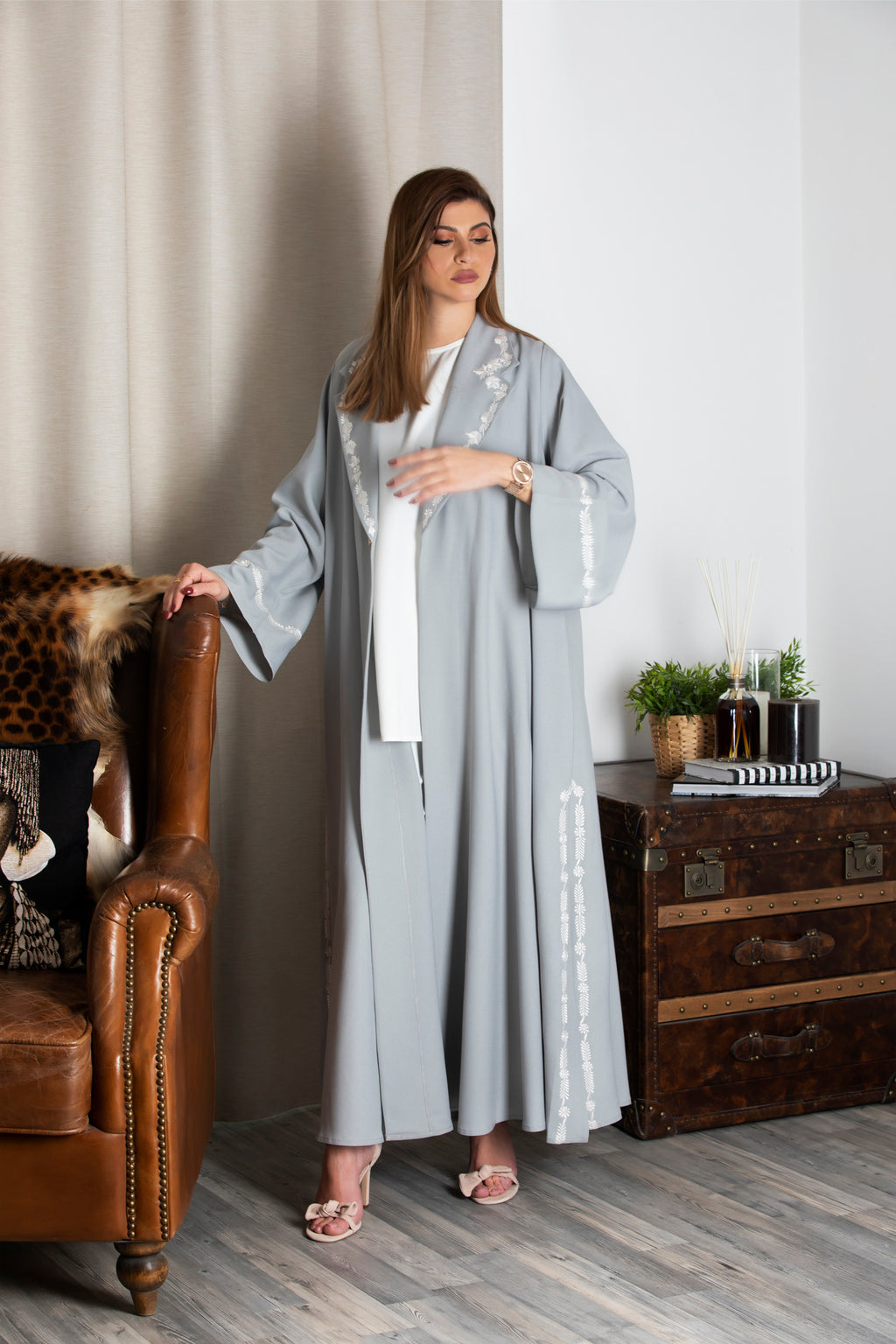 LIGHT GREY FLORAL EMBORIDERED JACKET ABAYA.