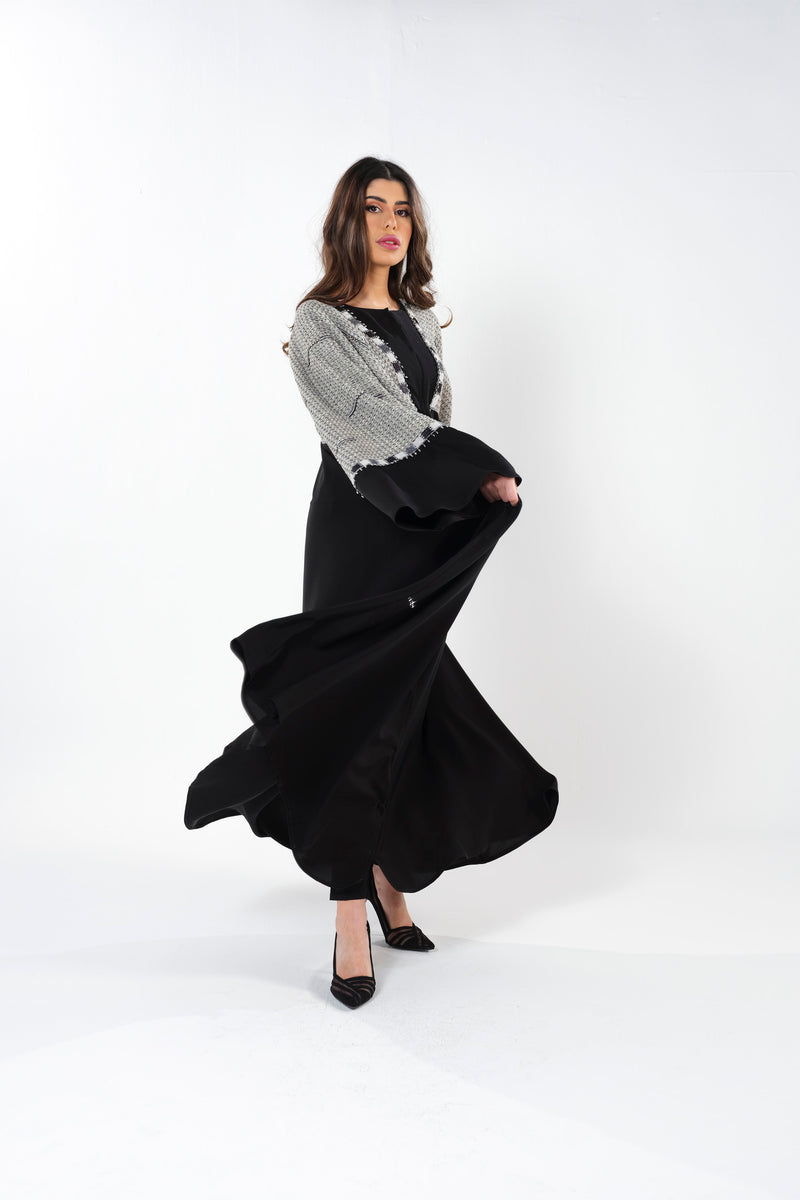 BLACK JACQUARD EMBRODERED BISHT ABAYA