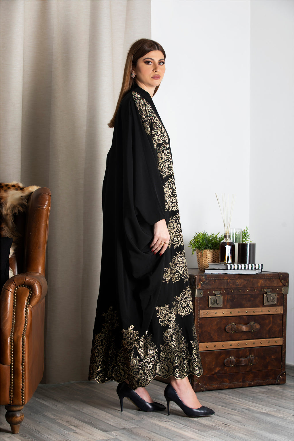 BLACK EMBROIDERED GOLD LACE SOALON ABAYA.