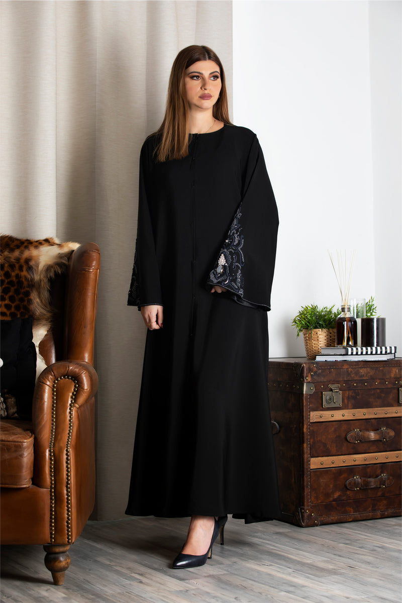 BLACK CRYSTALIZED EMBROIDERED SLEEVE ABAYA.