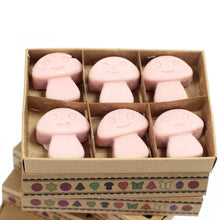 Load image into Gallery viewer, Sandal wood soy wax melts 6 pieces