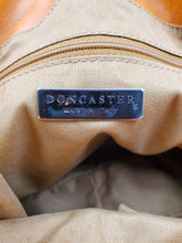 Load image into Gallery viewer, Don Caster Handbag