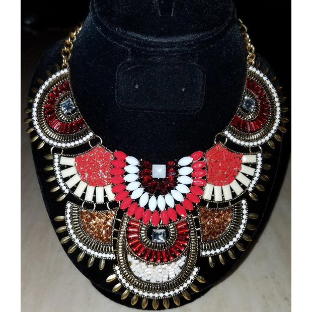 Red & White Collar Necklace