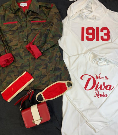 DST  Crossing package 5- Camo & Divas-Value $180