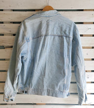 Load image into Gallery viewer, Zig-Zag Stitch Denim Jacket