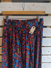 Load image into Gallery viewer, 70's Floral/Paisley Maxi Skirt