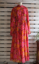 Load image into Gallery viewer, 70's 'Zarnett' Floral Maxi Dress