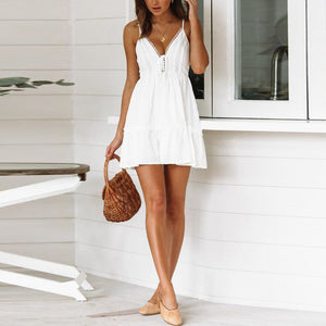 Sexy V-neck pure white strapless lace stitching mini dress